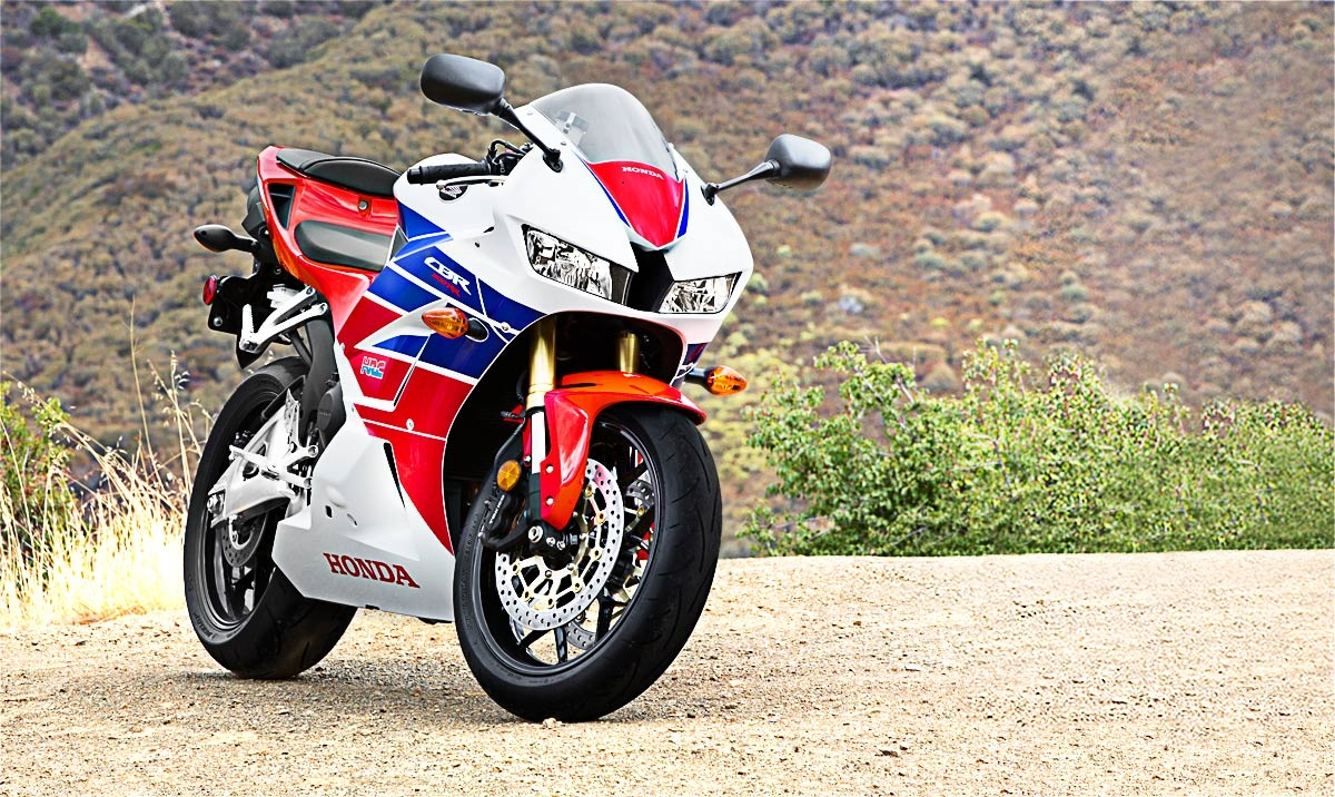 2015 Honda CBR 600RR – First Look – Rack And Opinion