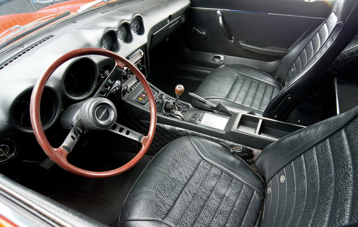 classic car 1972 datsun 240z rack and opinion. Black Bedroom Furniture Sets. Home Design Ideas