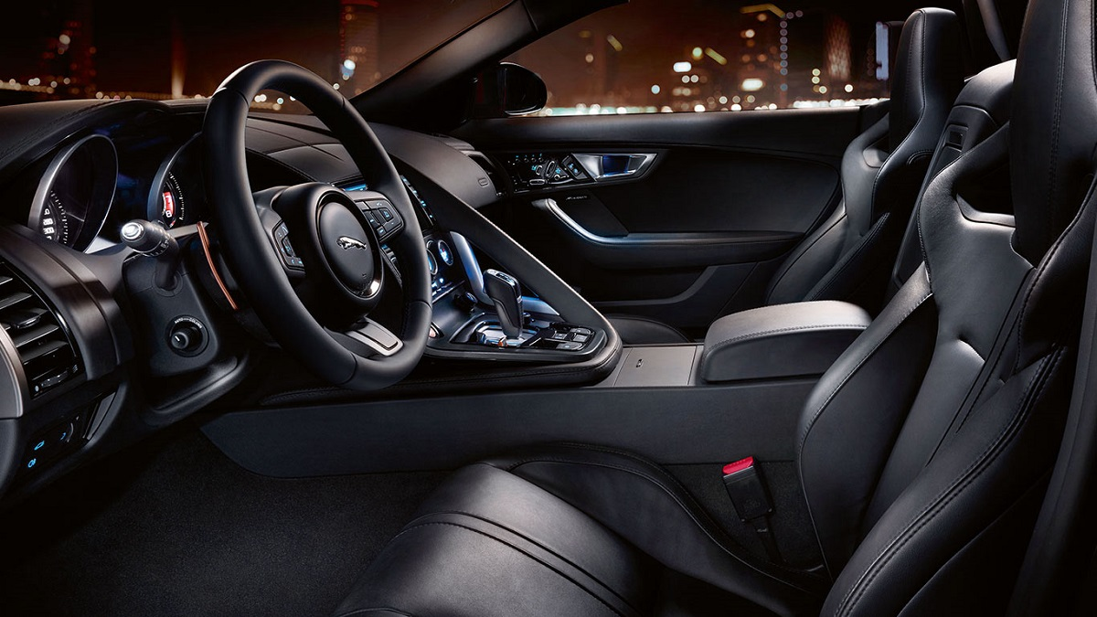 2015-jaguar-f-type-interior