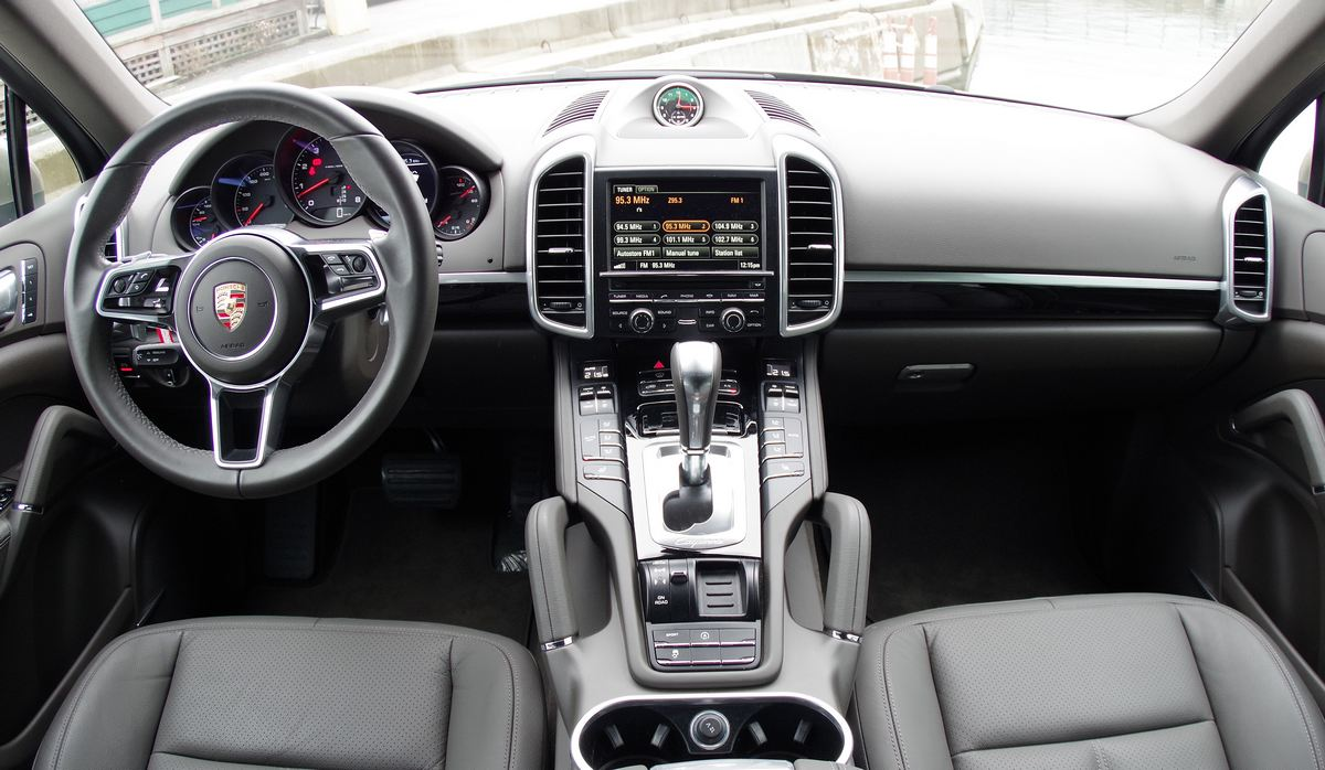 100 porsche cayenne interior 2012 topcar porsche cayenne vantage 2 interior 7 u2013 car. Black Bedroom Furniture Sets. Home Design Ideas
